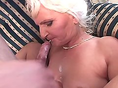Hot granny hard fucks on sofa n gets cum in mouse